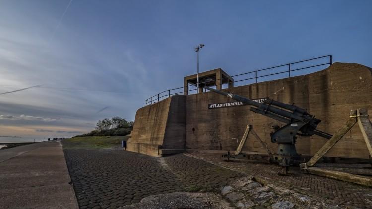 Geschutsbunker type 611 bij Hoek van Holland. Onderdeel van de Atlantikwall. Bron: Wikipedia